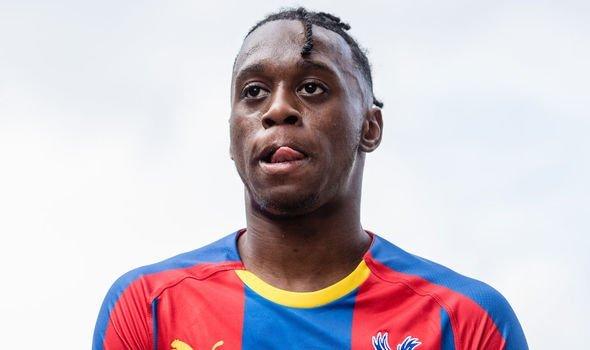 MU chốt 4 hợp đồng 'bom tấn', Arsenal mua Umtiti