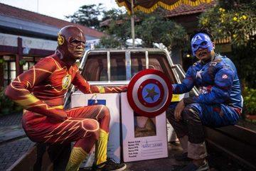 'Ma cà rồng', siêu nhân hút cử tri Indonesia đi bỏ phiếu