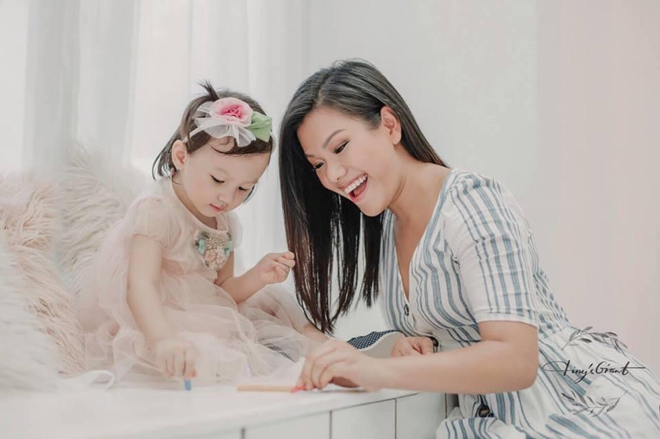 Những nàng công chúa lai xinh đẹp nhà sao Việt