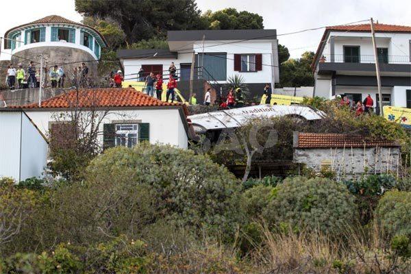 Bồ Đào Nha,tai nạn giao thông,tai nạn xe buýt,du khách
