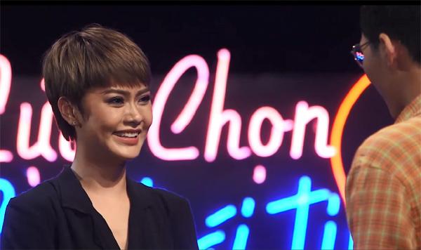 Lần đầu đi hẹn hò, 'bản sao Miu Lê' chọn yêu 'phi công trẻ' từng có 7 mối tình
