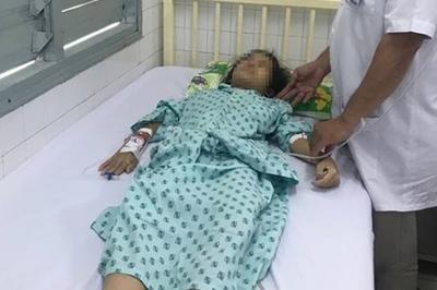 Bác sĩ xót xa trước bé gái 14 tuổi bị ung thư cổ tử cung giai đoạn cuối
