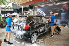Tăng thu phí với hàng vạn điểm rửa xe, nhà hàng, khách sạn