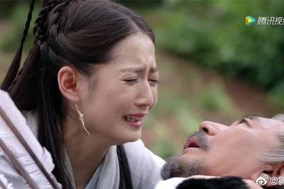 """Fan Kim Dung bức xúc phim """"Tân Ỷ thiên Đồ long ký"""" sửa đến không nhận ra"""