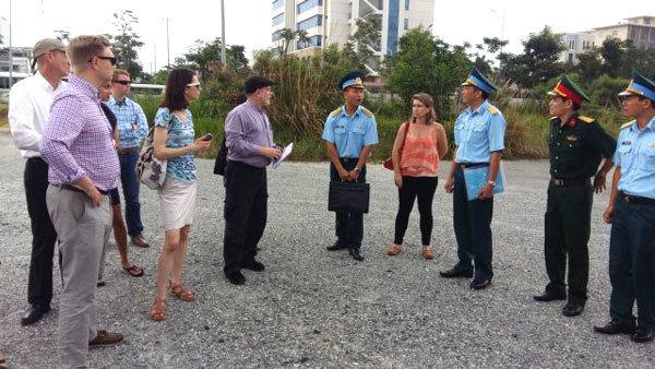 US assistants of senators and congressmen visit Da Nang