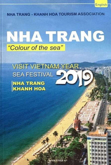 Free Nha Trang - Khanh Hoa tourism guide book released