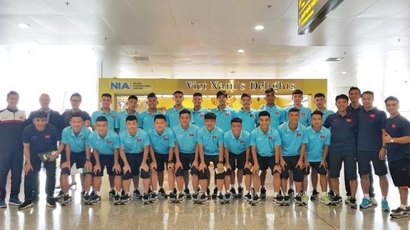 Vietnam U18 team set out for international tournament in Hong Kong