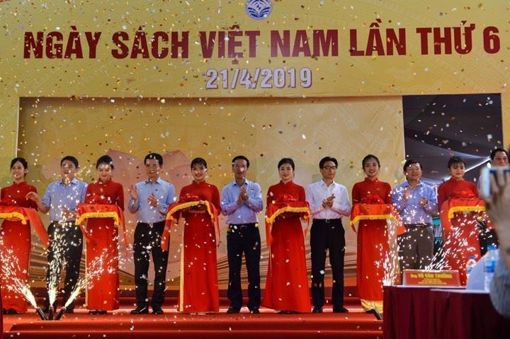 Khai mạc Ngày Sách Việt Nam lần thứ 6: Kết nối tri thức và phát triển