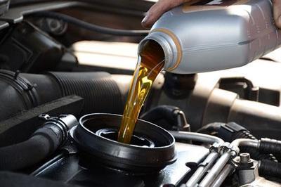Tuyệt đối không để thiếu dầu hộp số ô tô vì nguy hiểm tính mạng