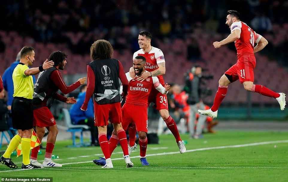 Xác định 2 cặp bán kết Europa League: Chờ chung kết toàn Anh