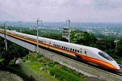 Đường sắt tốc độ cao gần 60 tỷ USD: 100% vốn trong nước hay 100% đi vay