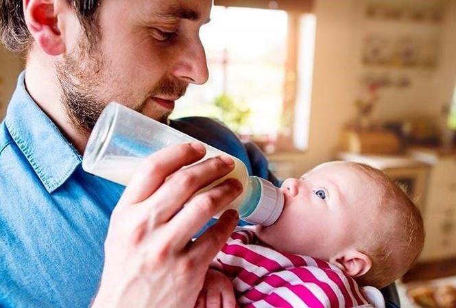 Vợ sinh con trong trường hợp nào thì chồng được nghỉ dài ngày?