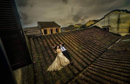 Hoi An warning over rooftop wedding photos