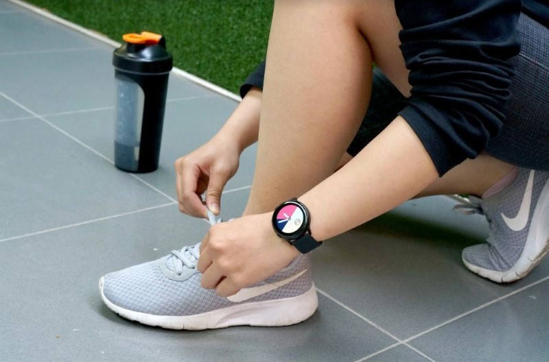 đồng hồ thông minh,smartwatch