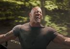 """The Rock một mình cân cả trực thăng trong phim ngoại truyện của """"Fast & Furious"""""""