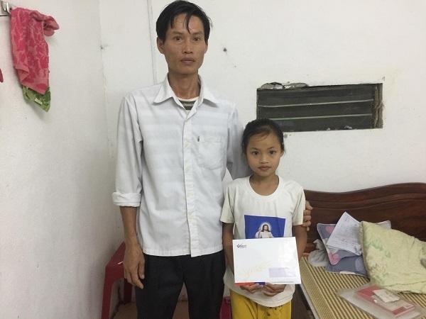 Em Trần Như Quỳnh bị ung thư được ủng hộ 16 triệu đồng