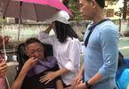 Nghệ sĩ Lê Bình khóc với Cát Phượng: 'Lần vô thuốc này anh đau quá em ơi'