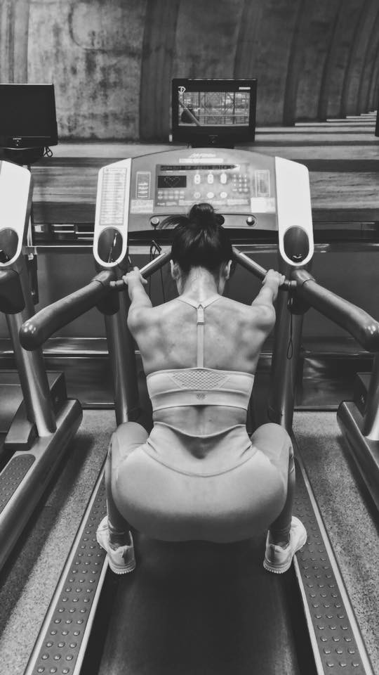 35 tuổi, Phương Linh vẫn sở hữu thân hình bốc lửa nhờ cách giảm tới 4kg/tuần