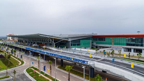 Những 'cung đường' tỷ USD hút du khách đến Hạ Long