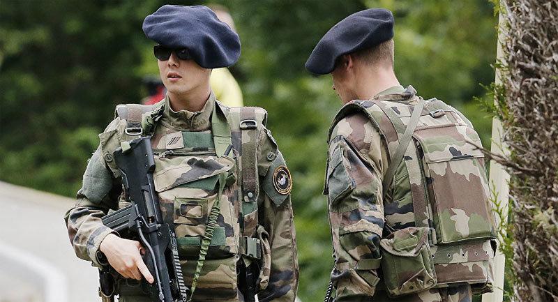 Nga,NATO,Pháp