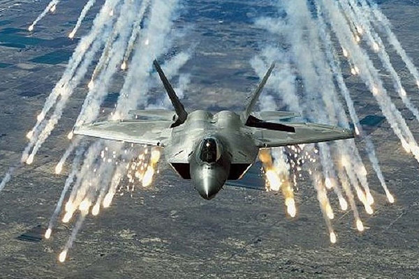 Nhật vẫn 'tậu' F-35 bất chấp một loạt sự cố