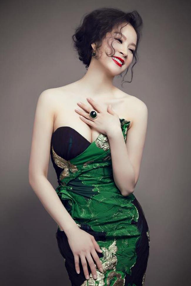 U50, MC Thanh Mai viên mãn trong tình yêu, được con gái ủng hộ