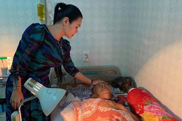 Nghệ sĩ Lê Bình không còn sốt mê man, sức khỏe tạm ổn định