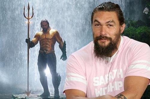 """Tài tử """"Aquaman"""" lần đầu cạo râu sau... 7 năm"""
