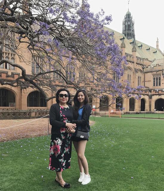 Cuộc sống thượng lưu bên trời Tây của hot girl thừa kế đình đám Việt Nam