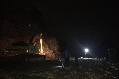 Quảng Ninh: Nổ mìn ở mỏ đá, một công nhân bị vùi lấp