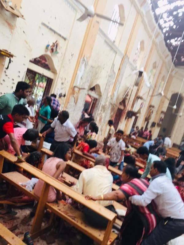 nổ,nhà thờ,lễ Phục sinh