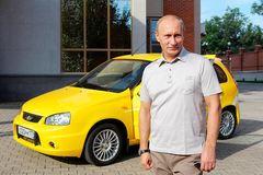 Các tỷ phú trên thế giới sử dụng những chiếc ô tô nào?