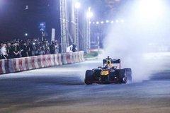 Trải nghiệm tốc độ, âm thanh của những chiếc xe F1 tại Hà Nội