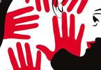 Bắt gã hàng xóm 52 tuổi nghi nhiều lần hiếp dâm bé gái lớp 5