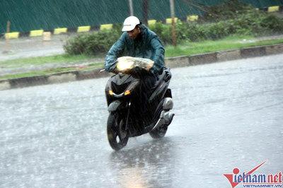 Dự báo thời tiết 22/4: Bắc Bộ mưa dông diện rộng