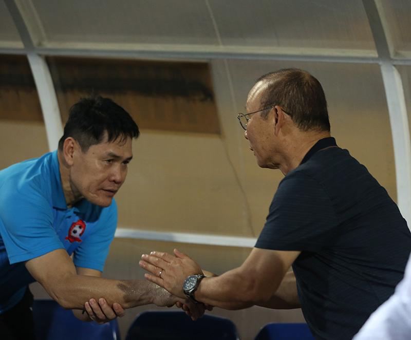 HLV Park Hang Seo,Hà Nội FC,Quang Hải,V-League