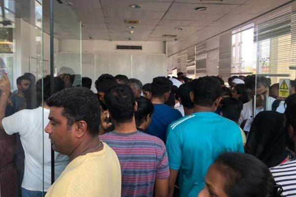 Các nhân chứng kể lại khoảnh khắc kinh hoàng tại Sri Lanka