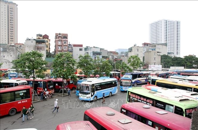 100 coaches asked to stop operations in Hanoi