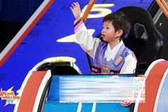 Cậu bé Hàn Quốc thông minh, lém lỉnh khiến Trấn Thành toát mồ hôi