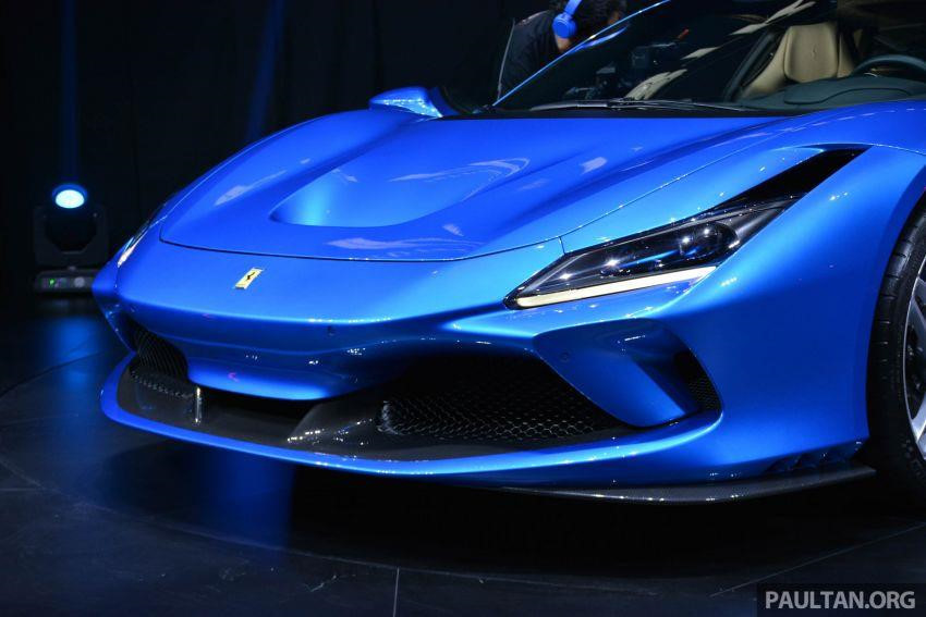 'Siêu ngựa' Ferrari F8 Tributo ra mắt giới nhà giàu Đông Nam Á