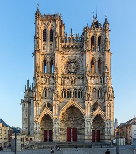 Chiêm ngưỡng 6 nhà thờ nổi tiếng không kém nhà thờ Đức Bà Paris