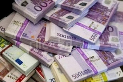 Tỷ giá ngoại tệ ngày 30/4: Mỹ bùng nổ, USD treo ở đỉnh cao