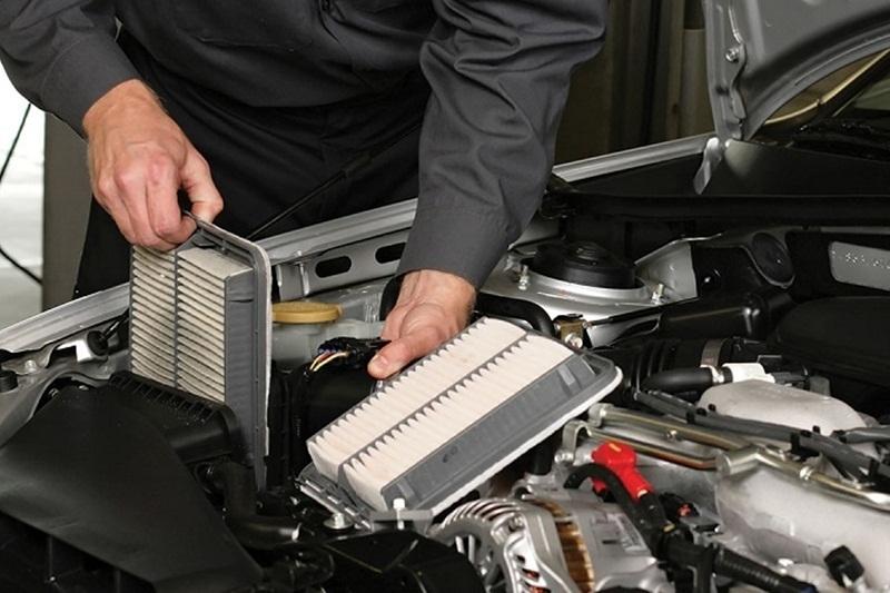Khi nào phải thay lọc gió động cơ ô tô?
