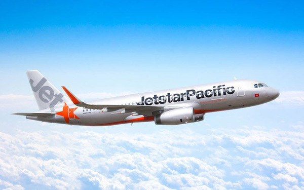 Who will take responsibility for Jetstar's losses?