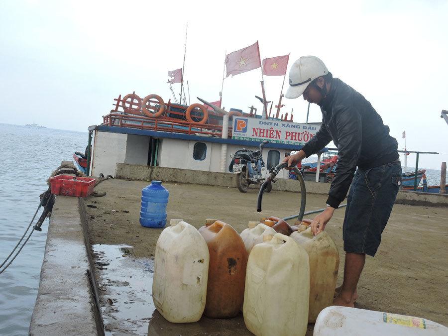 Ly Son Island residents facing petrol shortage