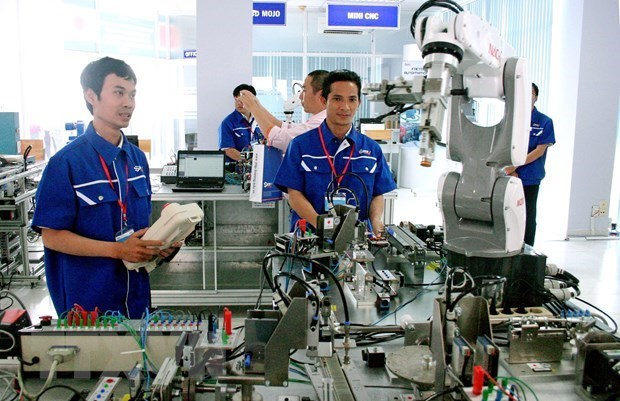 New strategies needed for mid-sized firms in Vietnam: Standard Chartered
