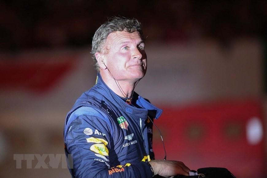 Formula One legend hits Hanoi streets