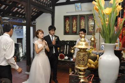 Bảo Ngậu 'Người phán xử' lần đầu khoe ảnh cưới với vợ 6 năm trước