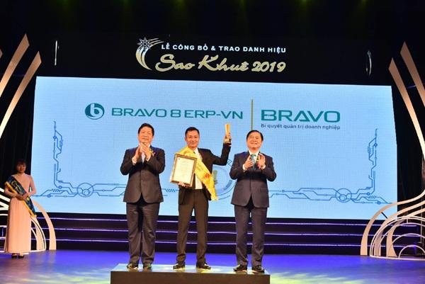 BRAVO 8 vào top 10 sản phẩm-dịch vụ xuất sắc nhất Sao Khuê