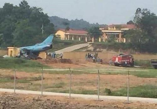 rơi máy bay,Su-22,tai nạn máy bay